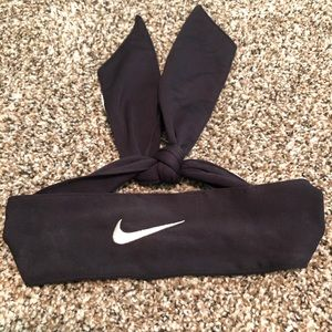 Black Nike Dri Fit Head Tie